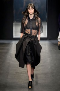 INSIDE OUT - VERA WANG