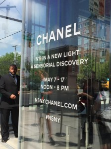 Chanel Nº5 Exhibition en NYC: Bajo the highline.