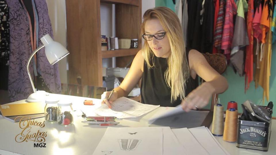 #FashionDesigner AUBONE: el poncho argentino moderno