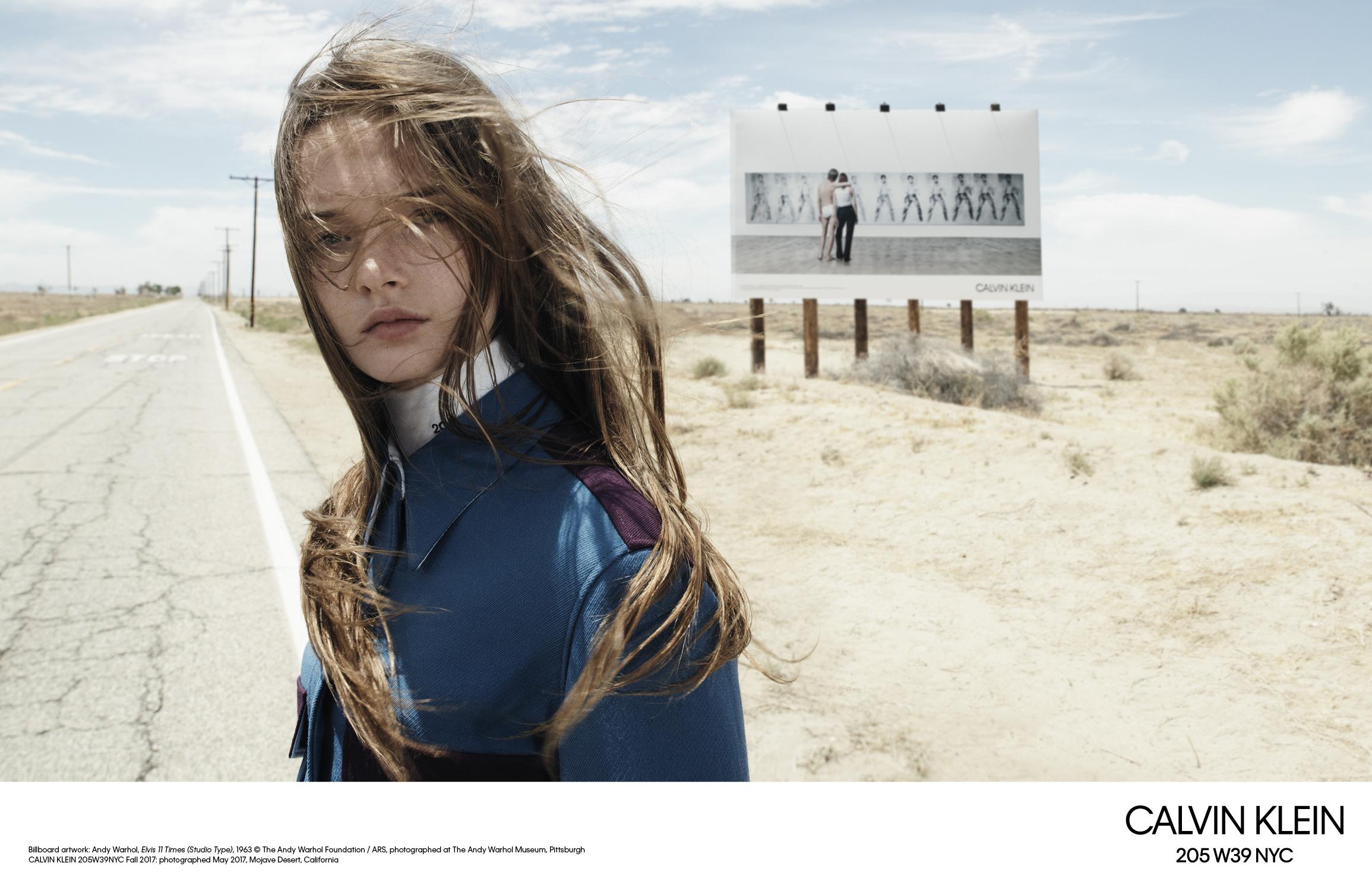 Raf Simons presenta su primera colección junto a Calvin Klein