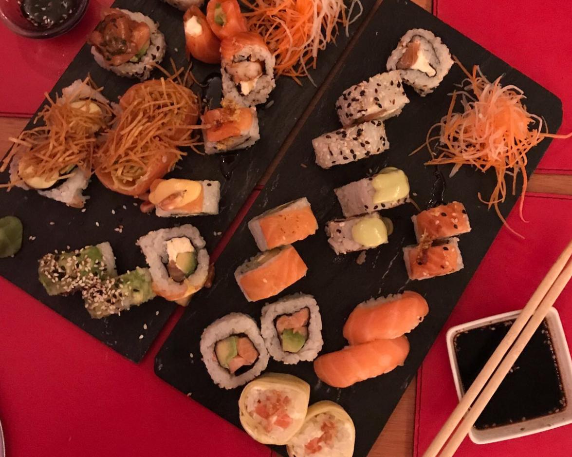 Lo mejor de la comida japonesa en Izaka by Sushi Pop