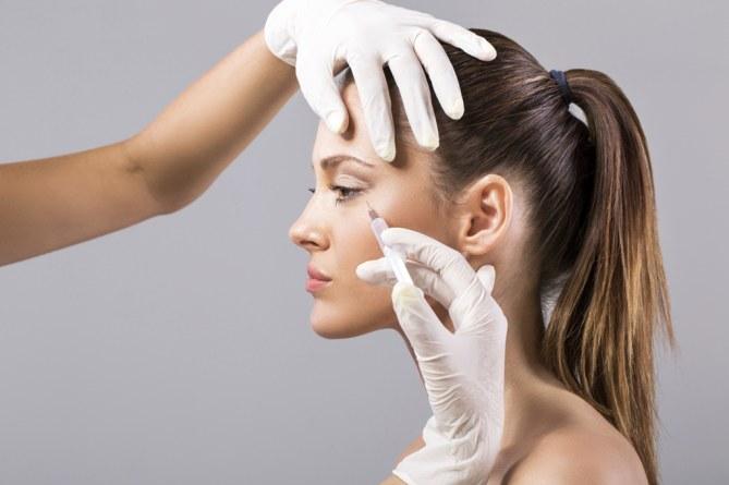 Plasma rico en plaquetas, mesoterapia y radiofrecuencia para cuidar tu piel en verano