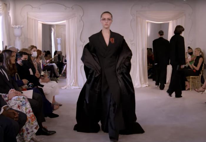 Balenciaga y su regreso a la Haute Couture