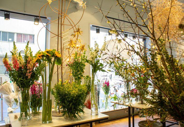 Un lugar mágico donde las flores y el arte conviven de una manera suprema