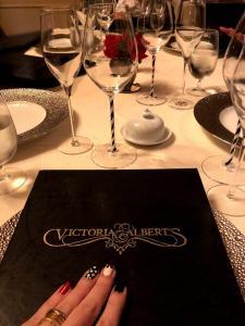 victor and albert menu